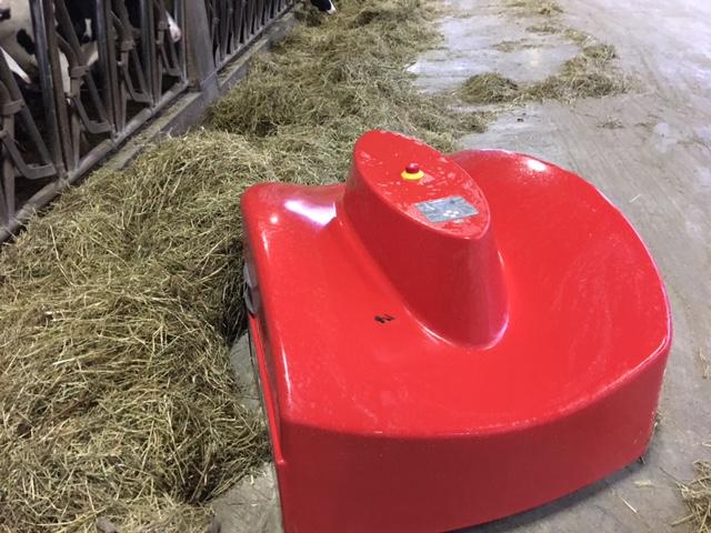 Cow-boy distributore robot spingi foraggio